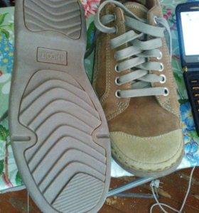 Мужские демисезонные туфли