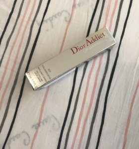 Блеск для губ Dior Addict Lip Maximizer