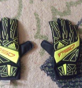 Оригинальные футбольные перчатки F-50