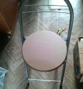 Складной стул для дома и природы новые 3 штуки