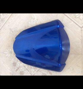 заглушка сиденья мото Suzuki GsxR 1000 оригинал