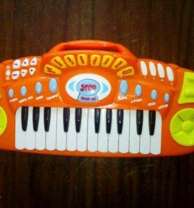 Музыкальное пианино/синтезатор