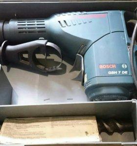 Дрель-молоток Bosch GBH 7 DE