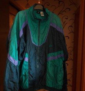 Куртка nike в стиле ретро