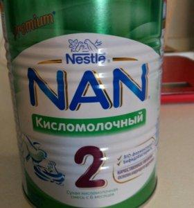 Смесь NAN Кисломолочный 2