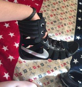 Басаножки Nike