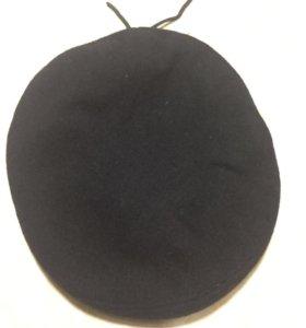 Берет чёрный бесшовный