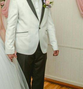 Свадебный костюм (смокинг)