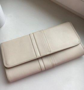 Клатч/ сумка на выпускной бежевого цвета