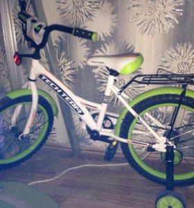 Велосипед для ребёнка лет 6-7
