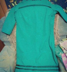 Платье приятного цвета, легкое, 56 р