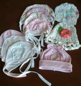 Чепчики и шапочки для девочки
