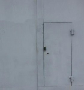 Гаражные варота 2.70 × 2.70