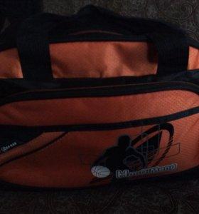 Отличная маленькая спортивная сумка