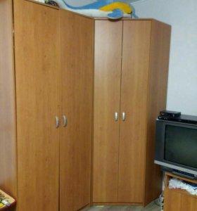 Стол, шкафы (плательный, угловой) и пенал