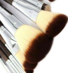 Кисти для макияжа новые