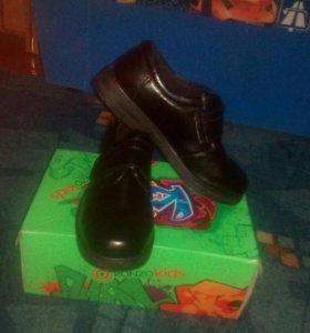 П/ботинки .НОВЫЕ!