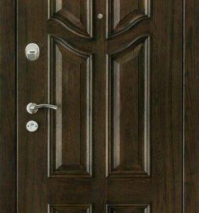 Входная дверь из массива дерева