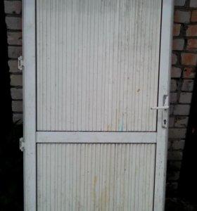 Дверь,алюминий