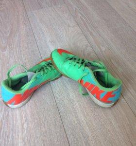 Бутсы Nike для зала + кофта в подарок