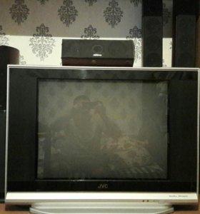 Телевизор JVC MaxxBass DVD Component