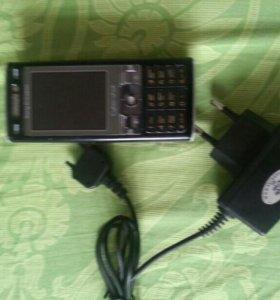 Телефон Sony Ericsson K790i