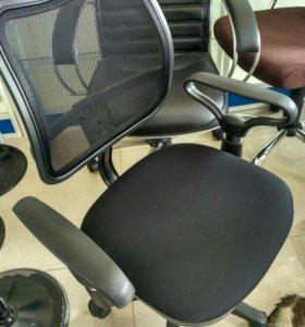 """Кресло компьютерное """"Станадрт"""" ( не бу )"""