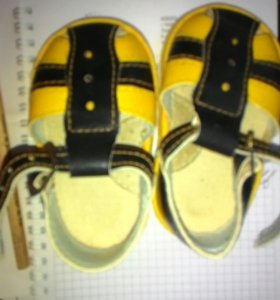 Босоножки, туфли