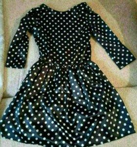 Продам платье размер xs
