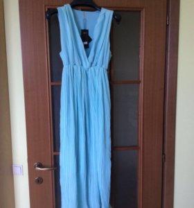 Голубое платье с подкладкой