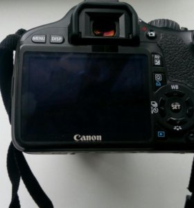 Canon 550d+объектив 18-55 мм