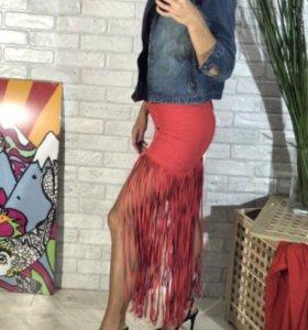 Новая юбка и платья Bebe Zara guess asos gizia