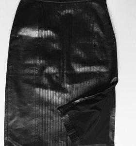 Чёрная кожаная юбка длинная