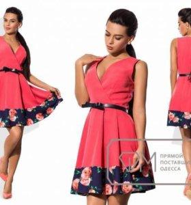 Платье новое размер 44-46.