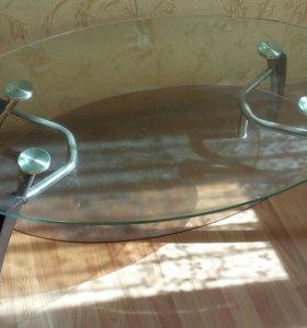 Стеклянный писменный столик