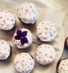 Кексы и натуральные конфеты