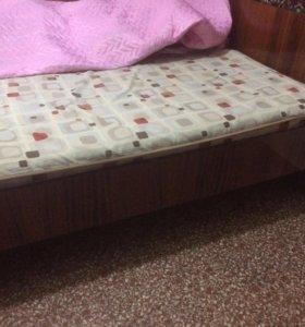 Кровать односпальная размер 80*180 срочно !
