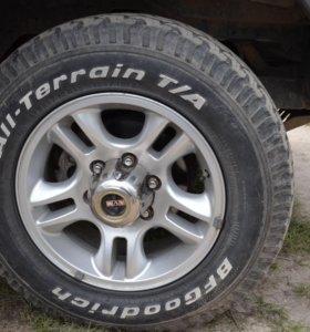 Продам два комплекта колес