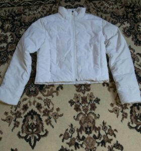 Куртка белая ребок оригинал,размер xs-s