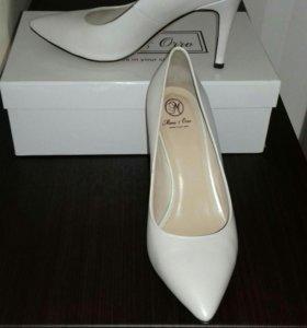Туфли 38 размер ( натур.кожа)