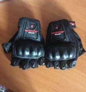 Moto перчатки
