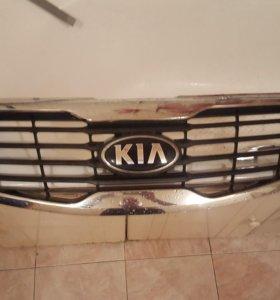 Kia Sportage 3 решетка радиатора