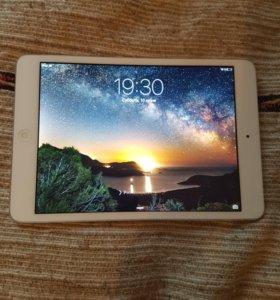 iPad mini 2 16 gb.