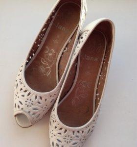 Туфли кожаные летние новые