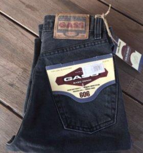 Новые джинсы Gass.