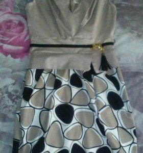 Женское платье и сарафан
