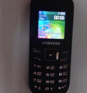 Телефон samsung 1200r