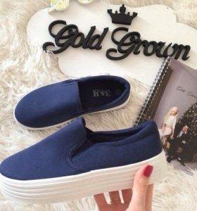 Обувь чёрный цвет