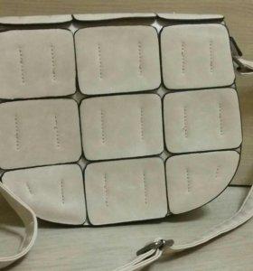 Продам новую сумочку.
