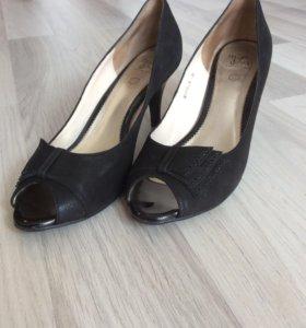 Туфли женские р. 38